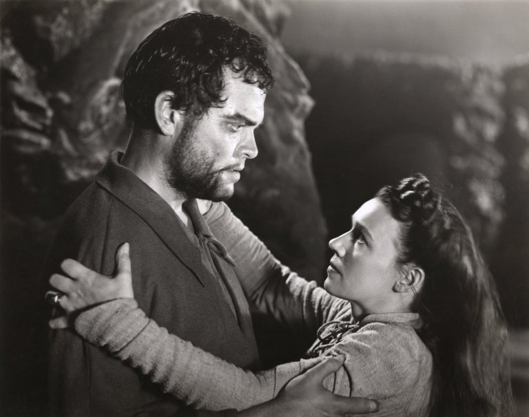 Orson Welles and Jeannette Nolan as Macbeth and Lady Macbeth (1948)