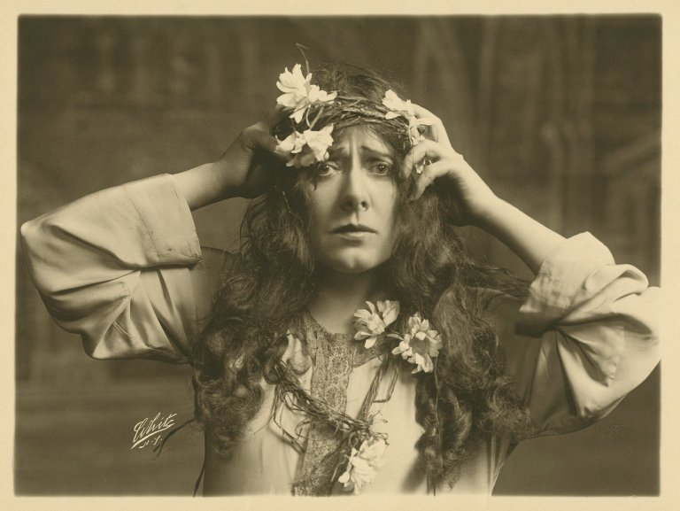 Photograph of Julia Marlowe as a mad Ophelia (Act 4, Scene 5; late 19th or early 20th century)